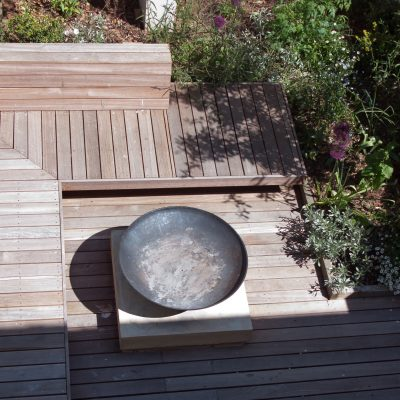 Brighton courtyard garden s
