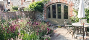 Flint-cottage-garden-design-and-planting-in-sussex-1