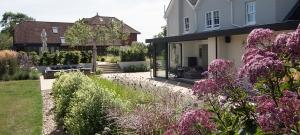 kitchen-extension-garden-design